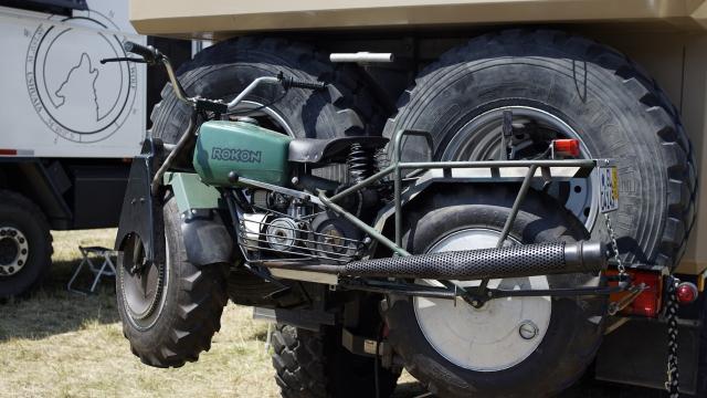 Rokinon 2WD Motorrad