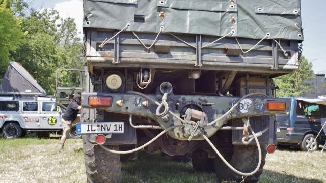 Tatra 830