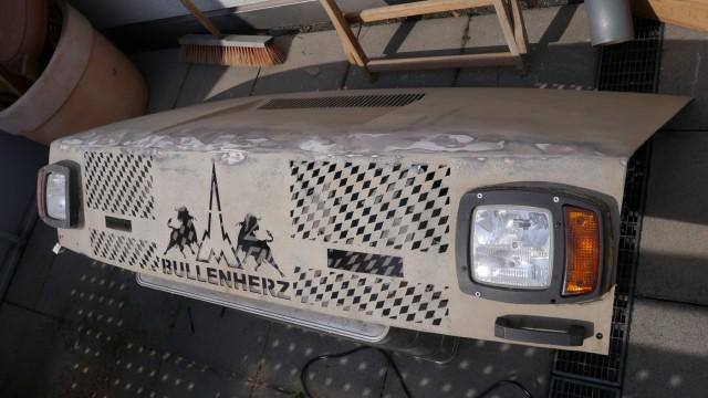 Motorhaube Iveco 40.40 Allrad Neulackieren